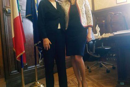 Il ministro della P.I., Valeria Fedeli  con Annalaura Giannelli, Presidente dell'ICS